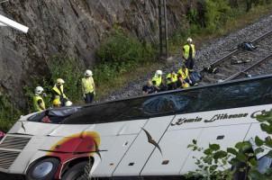 Bus Jatuh dari Jembatan di Finlandia, Empat Orang Tewas