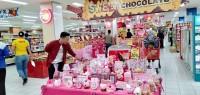 Chandra Manjakan Konsumen pada Hari Kasih Sayang
