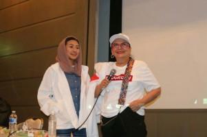 Christine Hakim Hadiri Acara Relawan Jokowi di Osaka Jepang
