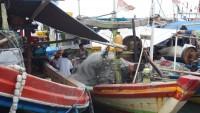 Cuaca Buruk, Nelayan Kalianda Enggan Melaut
