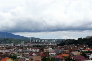Cuaca Lampung Hari ini Diprakirakan Cerah Berawan