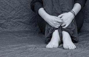 Dalih Bangunkan Anak Mau Sekolah,Ayah Cabuli Anak Tiri