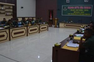 Danrem 043/Gatam Pimpin Sidang Kenaikan Pangkat 290 Personel