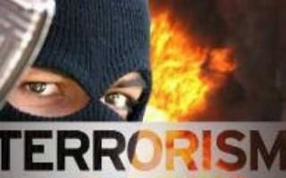 Densus 88 Amankan Terduga Teroris di Kalirejo