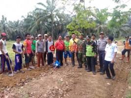 Desa Kemalo Abung Bangun 4 Sumur Bor Pakai DD