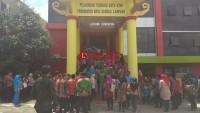 Didata Ulang, Ratusan Tenaga Kontrak Padati Gedung Pemkot