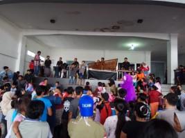 Direktorat Bimas Polda Lampung Berikan Hiburan Kepada Pengungsi