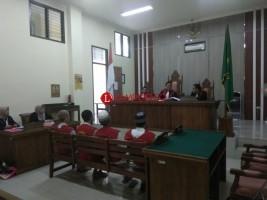 Disidang, Terdakwa Memberikan Kesaksian Dipukuli Disuruh Mengaku Bawa Sabu 4 Kg