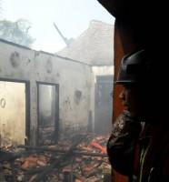 Ditinggal Pemiliknya, Rumah di Jalan Abdul Kadir Dilalap Si Jago Merah