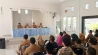 DPMD Lamsel Kumpulkan Kades Terpilih dan Mantan Sekdes