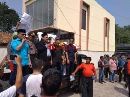 DPRD Kawal Aspirasi Massa Tolak Hasil Pilgub