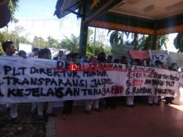 DPRD Lampura Terima Keluhan Demonstran