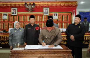 DPRD Lamsel Setujui Ranperda Perubahan APBD Lampung Selatan 2018 Jadi Perda