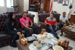 Dua Atlet Voli Nasional Sambangi Lampung Selatan