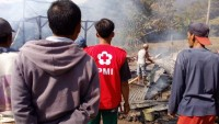 Dua Rumah Warga Suoh Terbakar