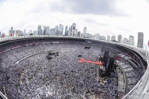 Euforia Konser Putih Bersatu Penuhi Tribun GBK