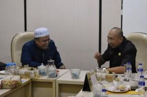 Firmansyah Ajak Fraksi Gerindra Itikaf di Masjid