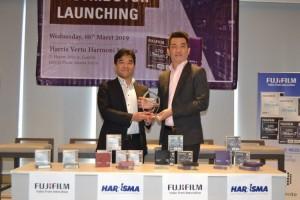 Fujifilm Kerja Sama Penjualan Perangkat Keras