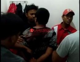 Gagal Curi Motor, Pemuda Ini Jadi Bulan-bulanan Warga di SPBU Tanjung Senang