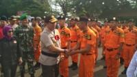 Gelar Sispam Kota, Petugas Gabungan Tunjukkan Pengawalan Capres Hingga Penjinakan Bom