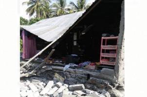 Gempa, Masyarakat Kota Palu Berhamburan Keluar Rumah