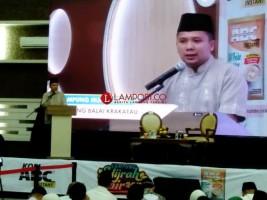 Gubernur-Ustad Wijayanto Ajak Pemuda Istiqomah Berhijrah