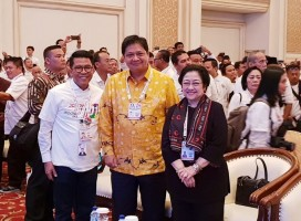 Hadiri Rakernas TKN Jokowi - Ma'ruf, Megawati Jadi Magnet Selfie