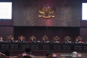 Hakim MK: Pemohon 02 Tak Mampu Buktikan 5,8 Juta Pemilih Fiktif