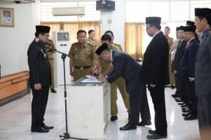 Hamartoni Lantik 12 Pejabat Administrator dan Pengawas Pemprov Lampung