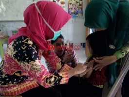 Hari Kedua, 767 Anak di Palas Sudah Terimunisasi MR