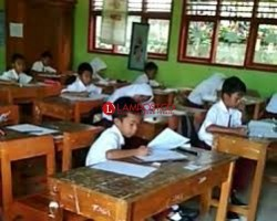 Hari Pertama Ujian Sekolah SD dan SMP Berjalan Tanpa Kendala