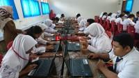 Hari Pertama UNBK Lancar, Sekolah Berharap Tak Ada Pemadaman Listrik
