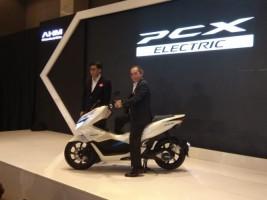 Honda Kenalkan PCX Electric