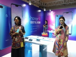 Honor-Shopee Gelar Super Brand Day