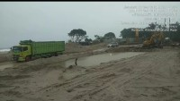 Hujan, Jalan Darurat di Mandirisejati Lancar