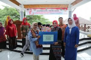 IGTKI-PGRI DKI Jakarta Berikan Bantuan