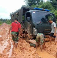 Ini  Cerita Prajurit TNI Penjaga Perbatasan Indonesia