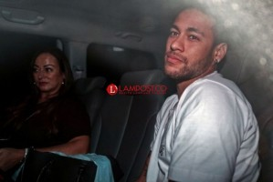 Ini Kesan Neymar Usai Menjalani Operasi Kaki