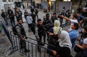 Israel Tutup Paksa Kompleks Masjid Al-Aqsa