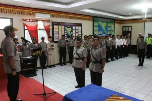 Kapolres Lampung BaratPimpin Sertijab Kapolsek Balikbukit