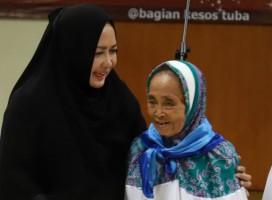 Jadi Calon Jemaah Haji Tertua di Tulangbawang, Sumiatun Kumpulkan Biaya dari Jualan Lontong Sayur