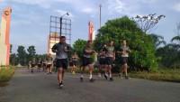 Jaga Motivasi Kerja, Dandim 0426 Pimpin Olahraga Bersama