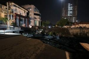 Jalan Ambles di Surabaya, BBPJN Beri Saran Teknis