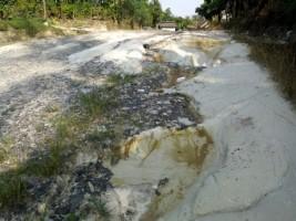 Jalan Kabupaten di Desa KemukusDiperbaiki pada 2020