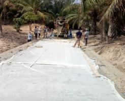 Jalan Rusak Desa Gandri Di<i>upgrade</I> jadi Cor Beton