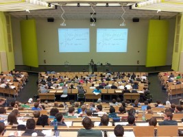 Jelang Brexit, Universitas di Inggris Kurangi Penerimaan Mahasiswa UE