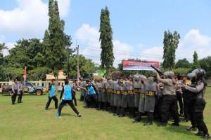 Jelang Pemilu 2019, Polres dan Satpol PP Way Kanan Gelar Latihan Pengamanan