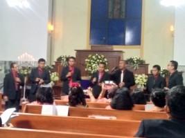 Jemaat Sukadamai Rayakan Natal