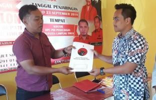 Joko Pramono Ambil Formulir Penjaringan di PDIP Lamtim