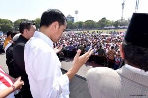 Jokowi Batalkan Jalan Sehat, Ajak Pendukung Gelar Doa Untuk Sulteng